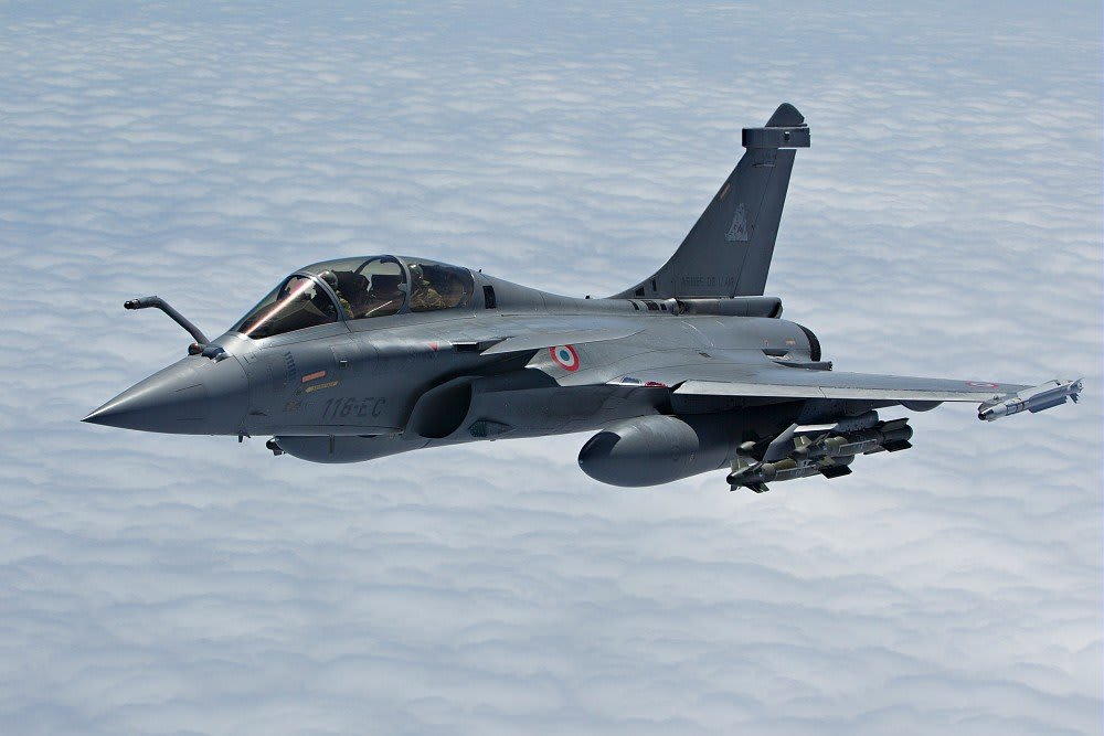 The Rafale, the latest Dassault Aviation combat aircraft: introduction