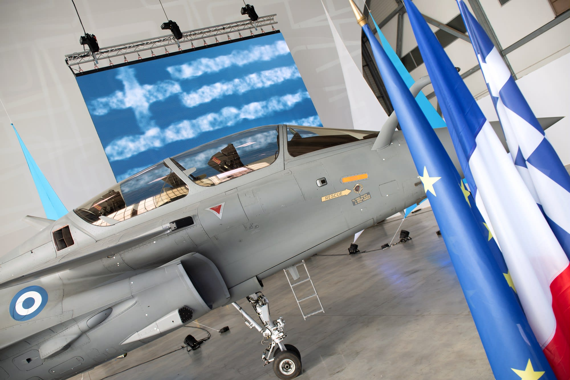 DASSAULT AVIATION delivers its first Rafale to Greece - Press kits