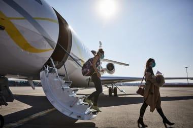 Transport de personnel soignant par Dassault Aviation durant le COVI-19