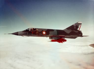 Mirage III E en vol