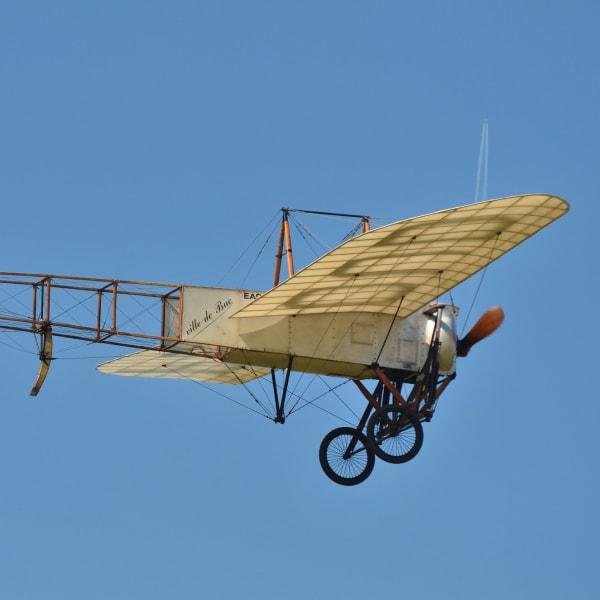 Exposition virtuelle : « Louis Blériot traverse la manche en avion »